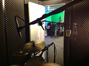TopkatStudios - recording - drum booth